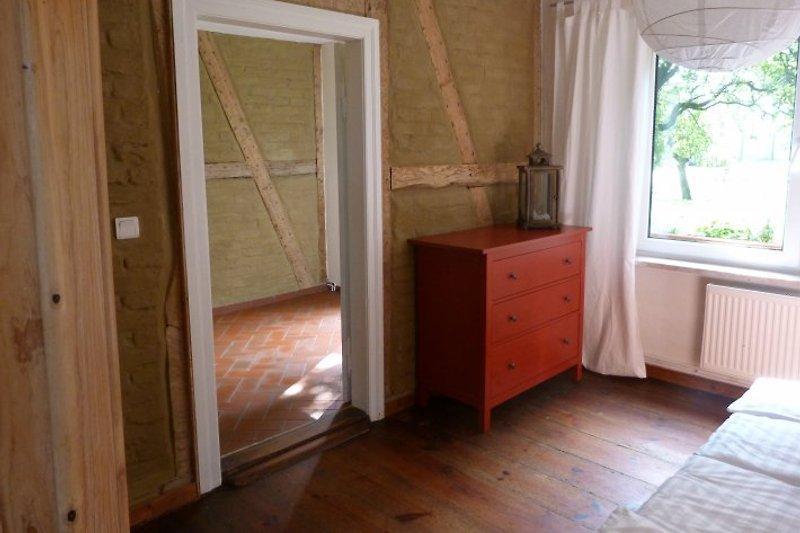 Schlafzimmer und Flur