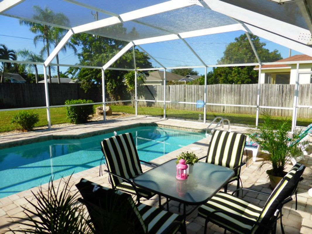 haus summer jam pool neu gestaltet ferienhaus in cape coral mieten. Black Bedroom Furniture Sets. Home Design Ideas