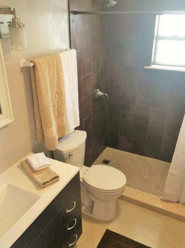 haus summer jam in cape coral ferienhaus in cape coral mieten. Black Bedroom Furniture Sets. Home Design Ideas