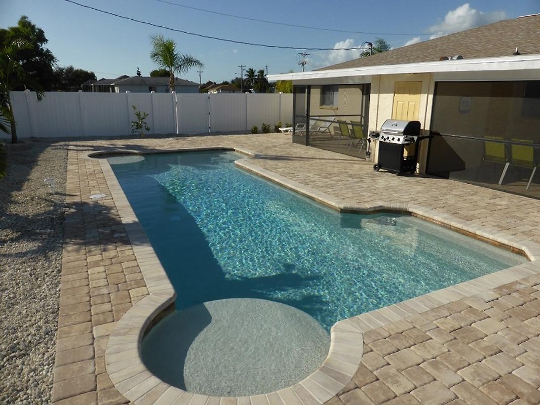 haus sunny splash in cape coral ferienhaus in cape coral mieten. Black Bedroom Furniture Sets. Home Design Ideas