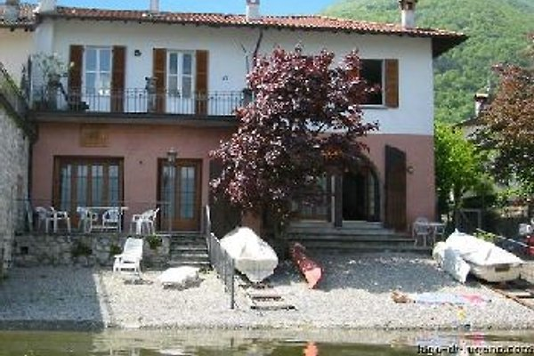 Casa Laura à Osteno - Image 1