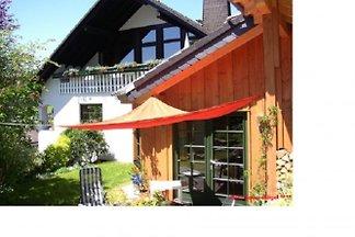 Sun Hill House ****