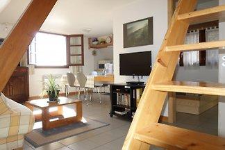 Schönes Fachwerkhaus mit 2 gemütlichen Ferienwohnungen, hell und gut eingerichtet, bei Colmar, Eguisheim, Riquewihr, Kaysersberg, sehr  ruhige Lage, klassifiziert 3 Sternen.