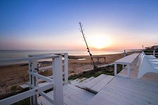 Calipso élégante villa sur la plage