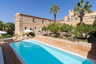Milizie, villa avec piscine