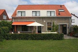 ZE351 - Ferienhaus im Cadzand
