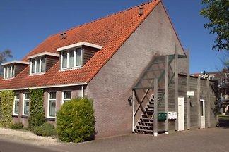 ZE548 - Ferienhaus im Kortgene