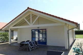 VZ517 Holiday home Sint-Annaland