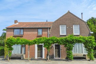Beautiful 16-person holiday home in Vrouwenpolder, 200 meters from the beach