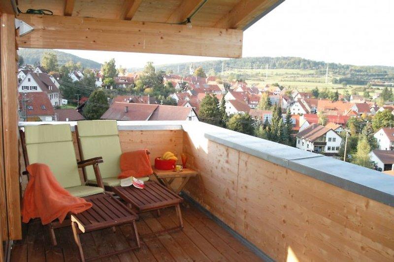 Herrlicher, vollüberdachter Balkon