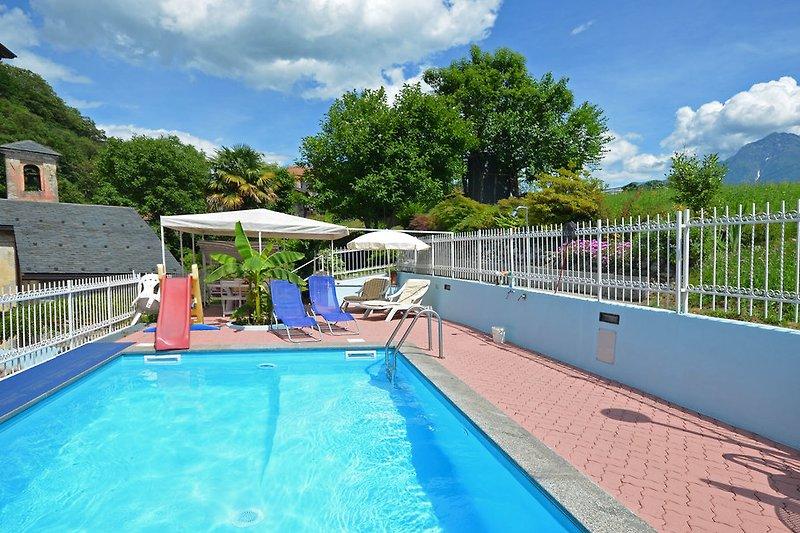 Pool der Casa Miriam