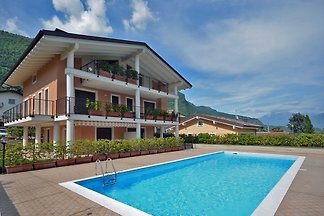 Holiday flat in Lenno