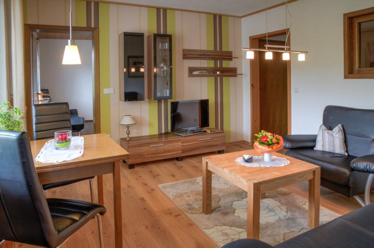 ferienwohnung g pape ferienwohnung in schmallenberg mieten. Black Bedroom Furniture Sets. Home Design Ideas