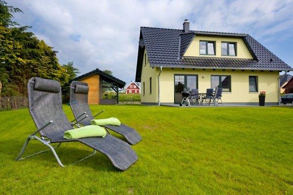 Ferienhaus Rügenurlaub in Alt Reddevitz - Bild 1