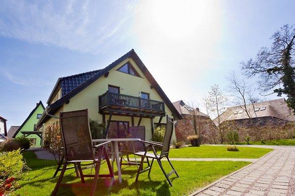 Haus am Wasser FEWO  Schafberg à Middelhagen - Image 1