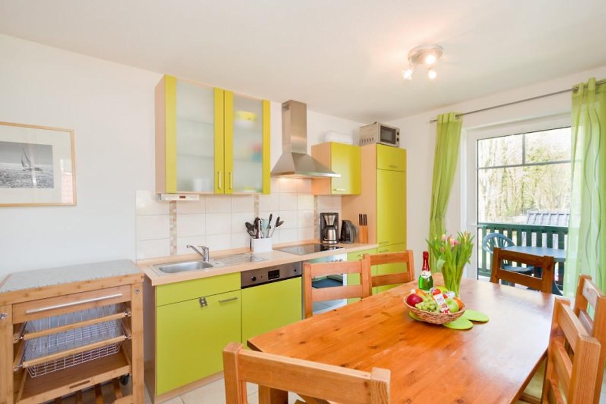 haus am wasser fewo schafberg ferienwohnung in middelhagen mieten. Black Bedroom Furniture Sets. Home Design Ideas
