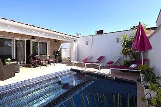 Villa Montseny mit Pool u. Klima