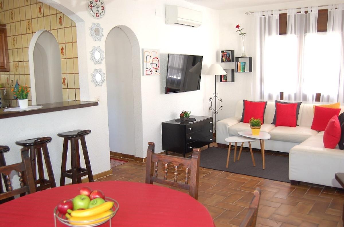 villa hildegard ferienwohnung in empuriabrava mieten. Black Bedroom Furniture Sets. Home Design Ideas