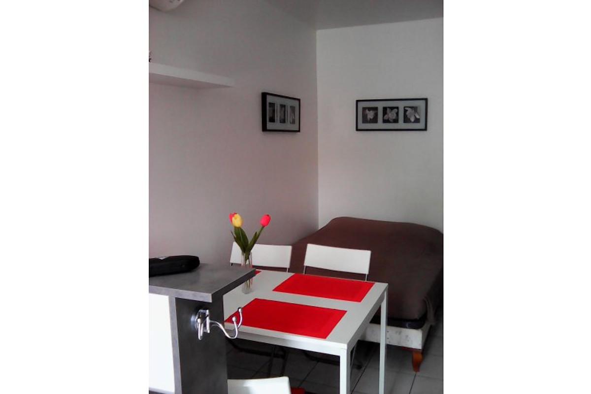 r sidence avventura appartement hy res louer. Black Bedroom Furniture Sets. Home Design Ideas