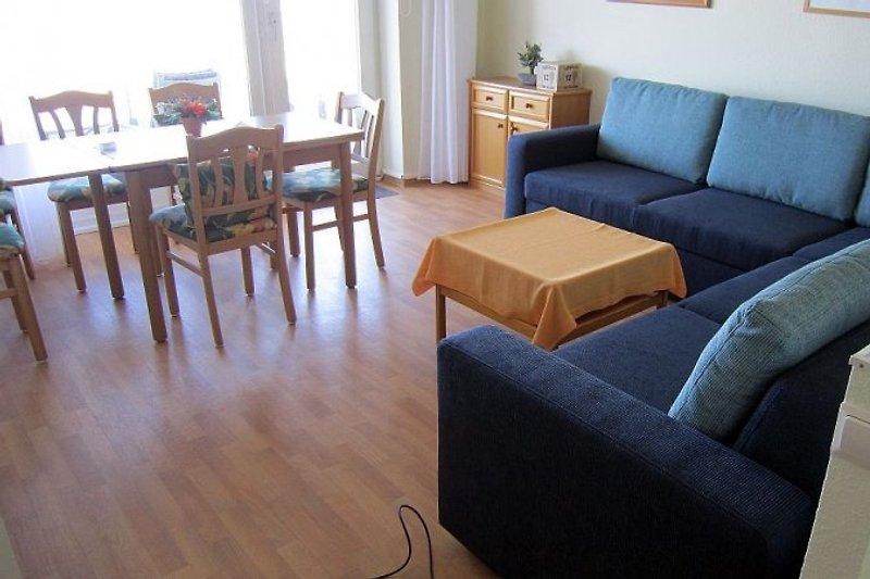 Wohnzimmer neu renoviert 2015