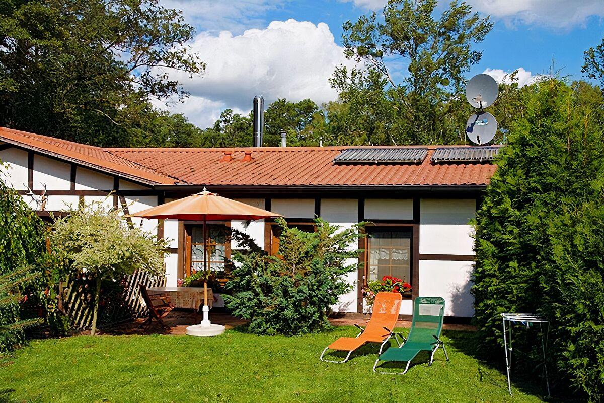 bungalow in seedorf am see ferienwohnung in seedorf mieten. Black Bedroom Furniture Sets. Home Design Ideas