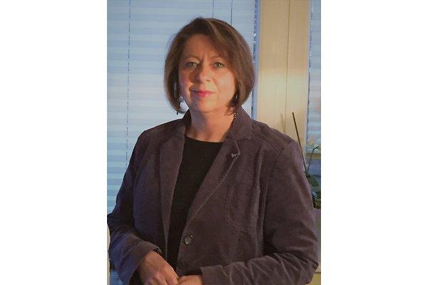 Mrs. M. Hübsch