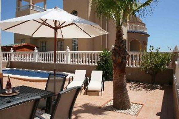 Lux Villa von €300 pw in Guardamar del Segura - immagine 1