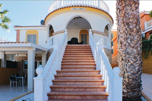 Luxuriöse Gruppe Villa in Santa Pola - Bild 1