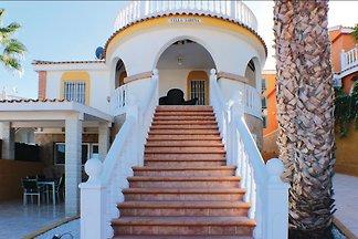 Luxuriöse Gruppe Villa