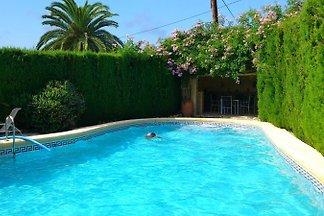 Casa Molineros ist ein freisstehendes Haus mit eigenem Pool