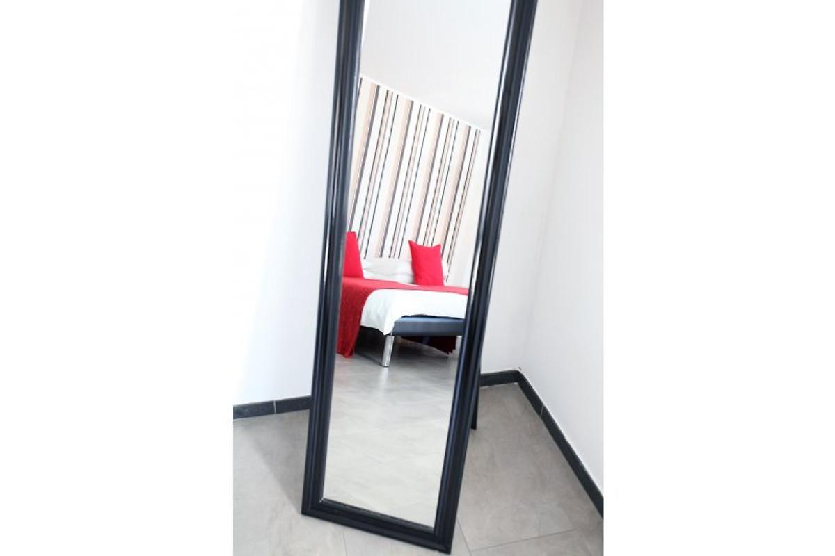 exklusive ferienwohnung in k ln ferienwohnung in k ln mieten. Black Bedroom Furniture Sets. Home Design Ideas