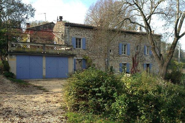 Maison Bacchelot in Barjac - immagine 1
