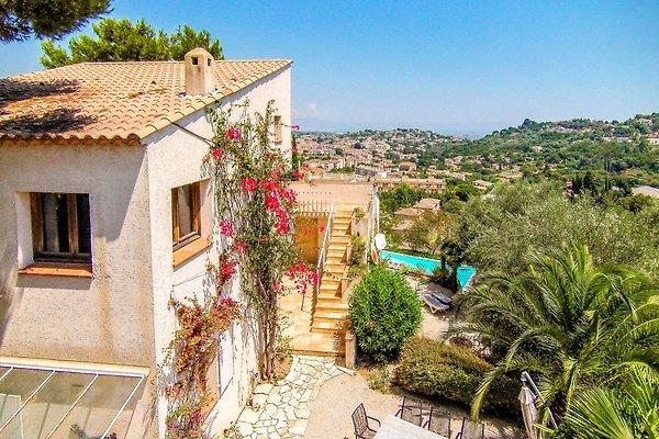 Villa moderne avec piscine privée à Vallauris - Image 1