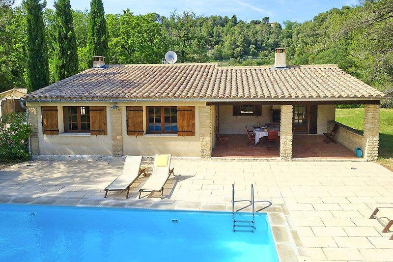 Ferienhaus mit Pool in Ménerbes