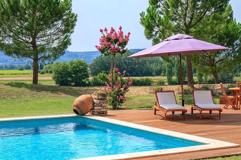 Ferienhaus mit Pool in Roussillon