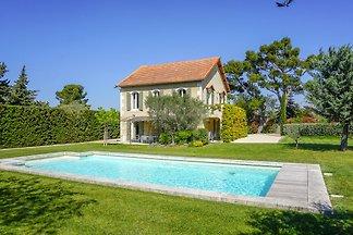 casa de vacaciones provenzal, con piscina