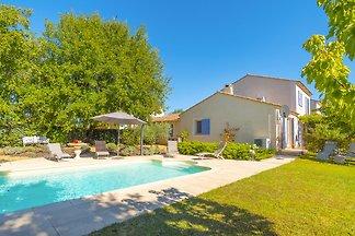 Maison de vacances avec piscine à Oppède