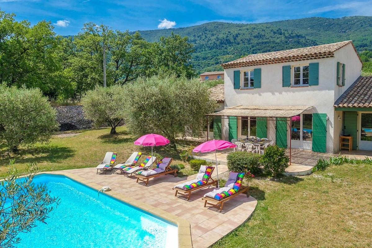 ba40b8f7dd505 Acogedora casa de campo con piscina en Seillans - Compañía Marion ...