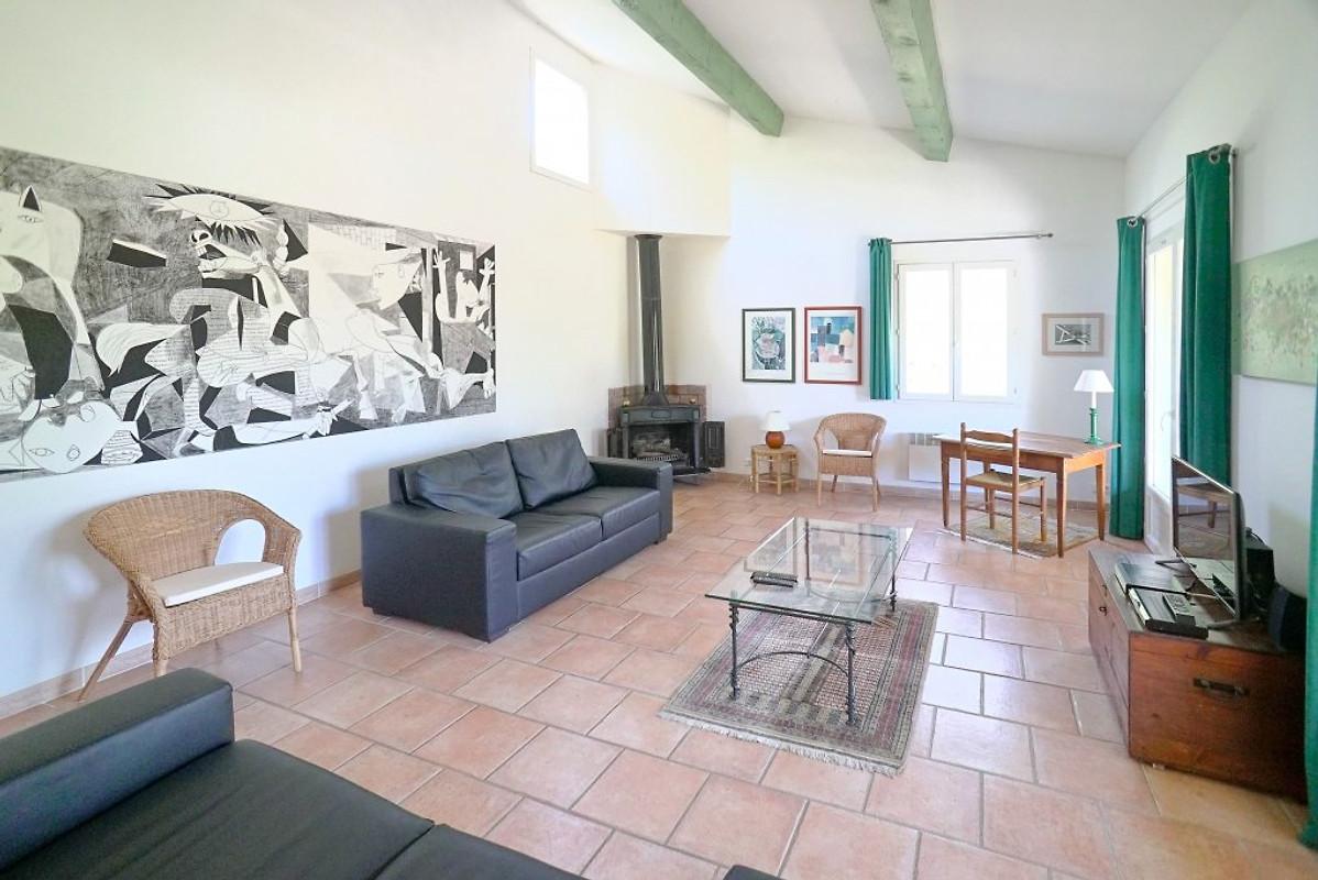 Chalet confortable avec piscine maison de vacances for Chalet a louer avec piscine