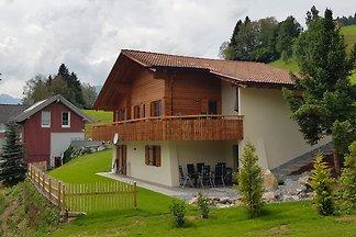liebevolles und komfortables Chalet am Sonnenbalkon Bartholomäberg im Herzen des Montafons mit traumhaftem Ausblick