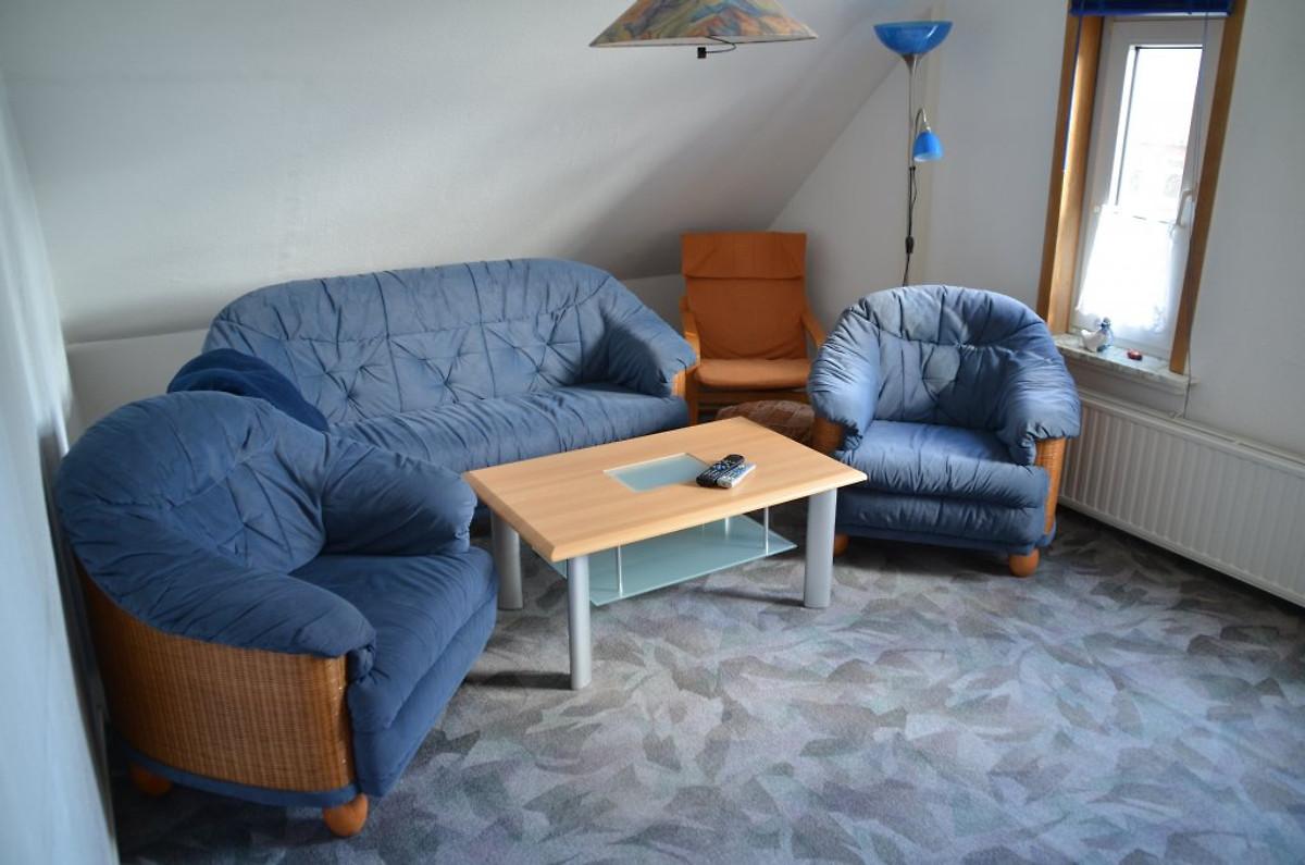 Cuxhaven drangstweg 90 ferienwohnung in cuxhaven mieten for Wohnzimmer 80 qm