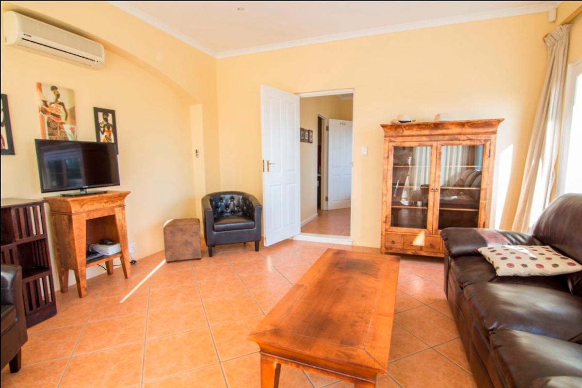 Casa sauvignon appartamento in somerset west affittare for Case affitto savignone