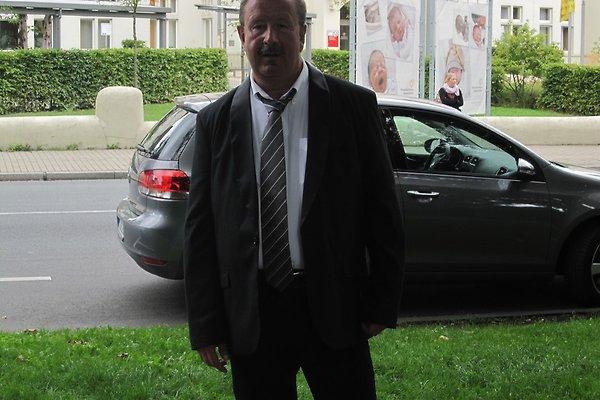 Herr T. Korell