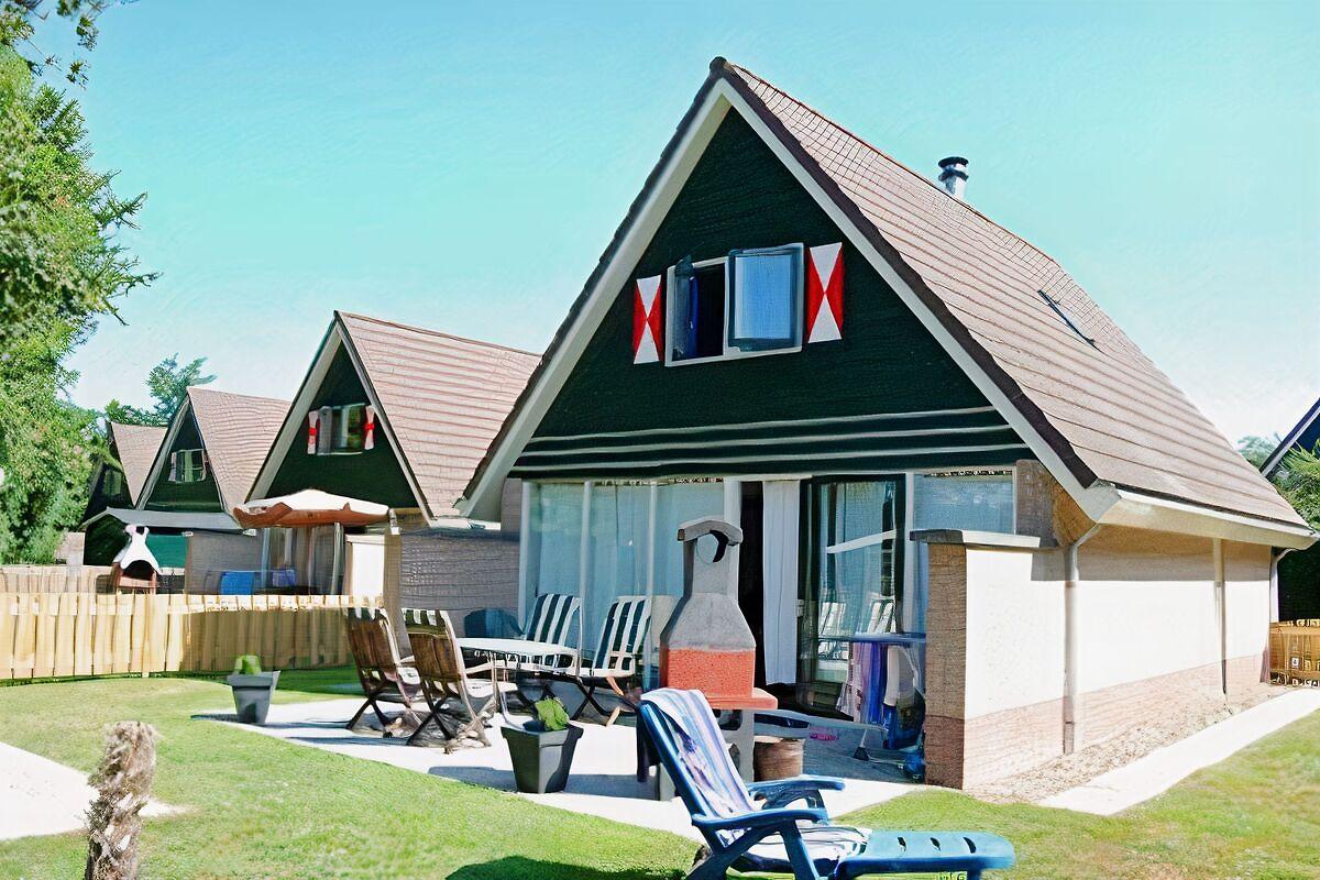 maison de plage m diterran en avec piscine maison de vacances sint maartenszee louer. Black Bedroom Furniture Sets. Home Design Ideas