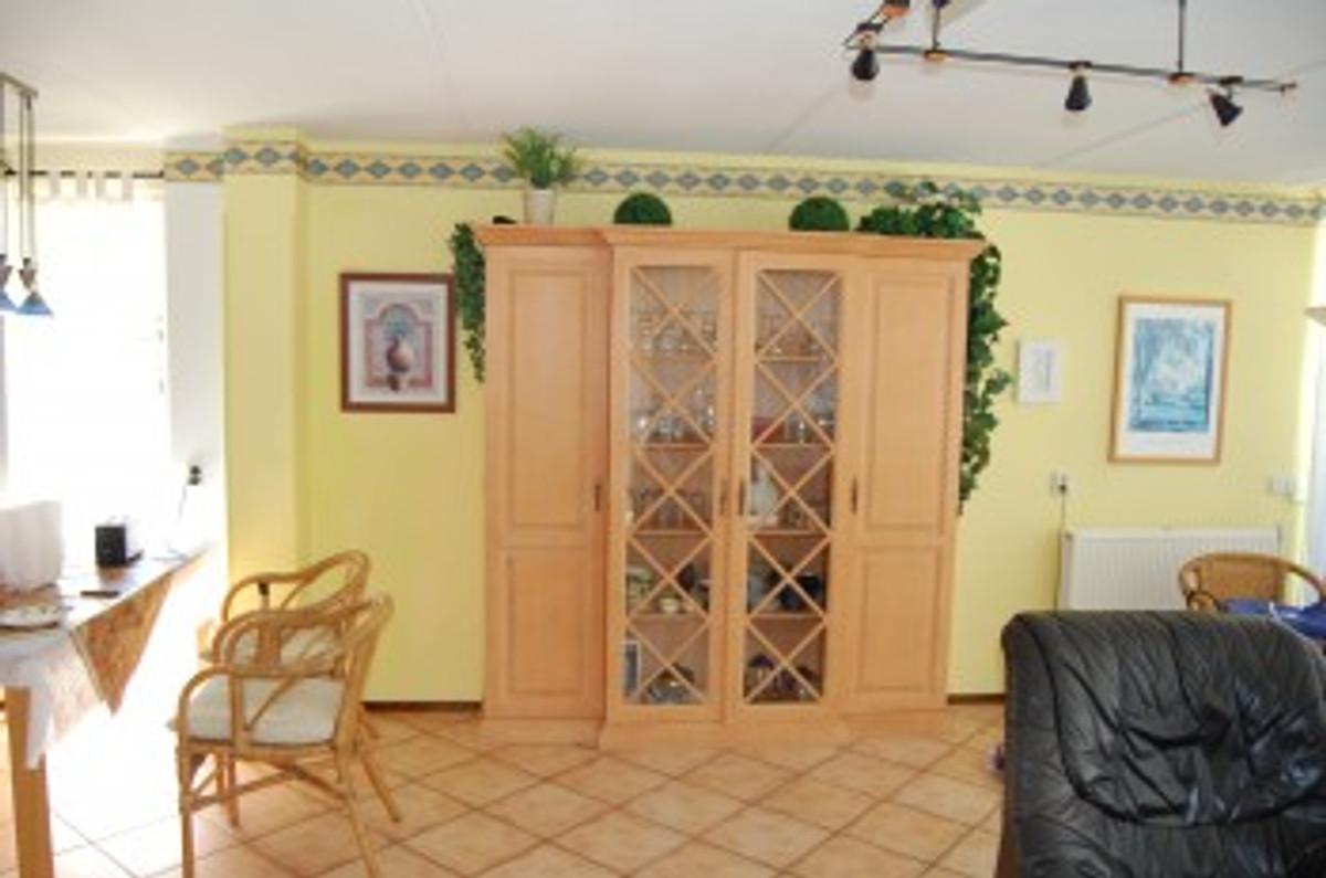 mediterranes strandhaus mit pool ferienhaus in sint. Black Bedroom Furniture Sets. Home Design Ideas