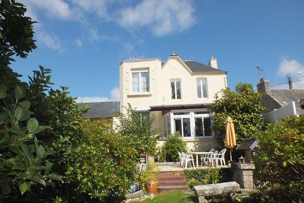 Künstlerhaus in Loctudy -Haus Nr. 37 auf der Homepage   kappeler-bretagne.de