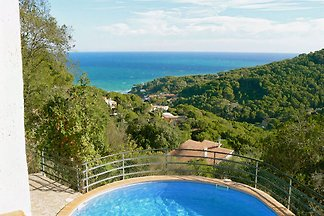 Villa with private pool Costa Brava