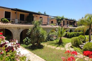 Holiday home Palinuro Villamirella