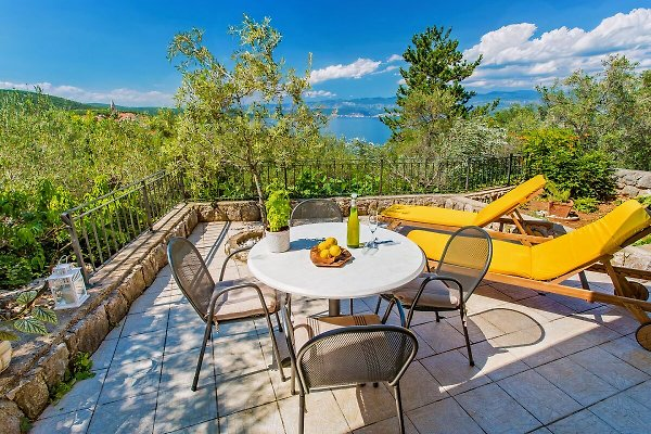 Appartement mariée avec vue panoramique sur la mer à Vrbnik - Image 1