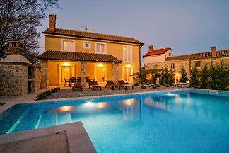 Villa Maslina - mit grossem Pool